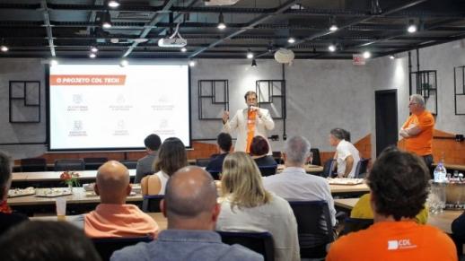 CDL de Florianópolis apresenta espaço CDL Tech para autoridades e parceiros